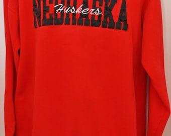 """90's Vintage """"NEBRASKA CORNHUSKERS"""" College Sweatshirt Sz: Large (Men's Exclusive)"""
