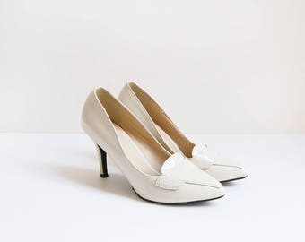 White House Heels | vintage off white leather court shoes