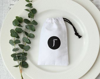 50 white cotton muslin bags with your logo print drawstring pouches custom jewelry packaging bags chic wedding favor bags