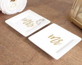 Mr & Mrs Ring Dishes - His and Hers Ring Dishes - Ring Dishes for Couple - Engagement Gift for Couple - Wedding Gift for Couple - Ring Dish