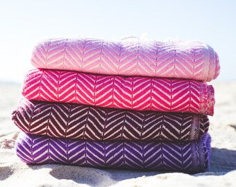 Set of 2 Luxe Traveller Towels - 100% Cotton, Turkish Towel, Beach Towel, Bath Towel and Travel Towel