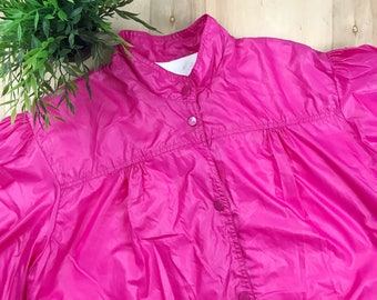 Vintage bubblegum pink windbreaker
