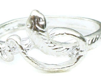 Birdhouse Jewelry -  Short Snake Ring in silver
