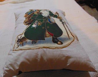 Old Fashioned Santa Pillow