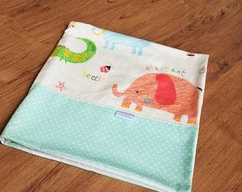 Baby boy blanket - Baby blanket - Flannel Blanket - Baby girl blanket - Swaddle blanket- Security Blanket - Travel blanket - Animal Land