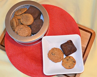 Gourmet Cookie Gift, Gourmet Cookies, Brownies, Chocolate Chip Cookies, Oatmeal Raisin Cookies, Cookie Gift, Gift, Homemade Cookies, Cookies