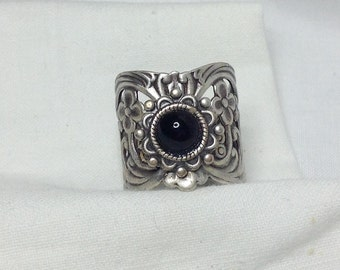 oO EBONY Oo black cab silver ring