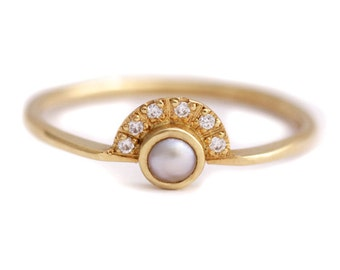 Pearl Engagement Ring, Gold Pearl Ring, Diamond Pearl Ring, White Pearl Ring, Pearl Ring with Diamonds, June Birthstone Ring