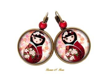 Doll Kawaii pink cabochon flowers bronze matryoshka earrings glass earrings