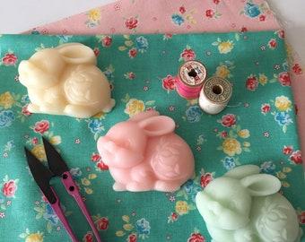 Clover the Bunny Thread Gloss