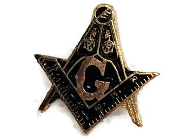 Masonic Square & Compass Lapel Pin