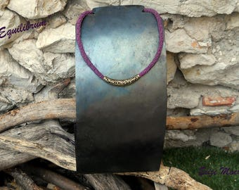 """Unique purple necklace, """"Equilibrum"""" made in macrame, with bronze heart"""