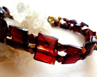 Garnet pyramid gemstone bracelet- Women boho red garnet hematite bracelet- Jewelry gift- Trendy fashion garnet bracelet- Red garnet bracelet