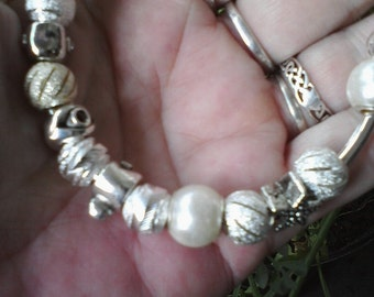 Pagan Wiccan, Honor of the Goddess, Euro style bracelet