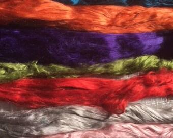 64(8X8) gr. Mulberry silk roving  for spinning / felting.   Bombyx silk, natural fiber, cultivated silk in tops, raw fiber, silk fiber.
