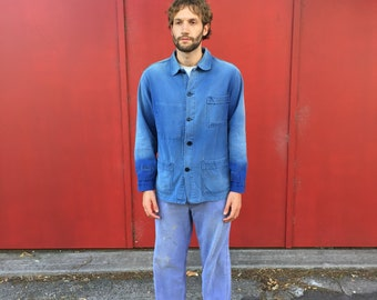 Beautifully Faded Classic Bleu de Travail French Workwear Chore Jacket