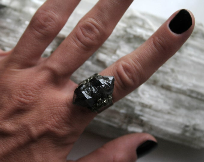 Tibetan Smoky Quartz Elestial Crystal Cluster Ring // Terminated Crystal Adjustable Ring // Crystal Cluster Ring with Pyrite