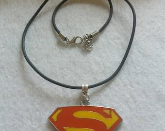 10 Super Hero Logo Metal Pendants Necklaces Party Favors