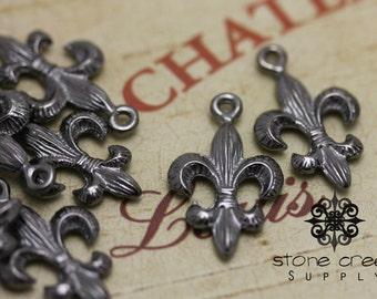 Black Gunmetal Paris France French Fleur de Lis Charm Pendant - QTY 10 - 6031116