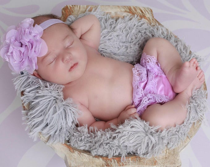 "Newborn Lavender Lace Bloomers /Diaper Covers AND/OR Matching 4"" Flower Headband, bebe foto, Lil Miss Sweet Pea"