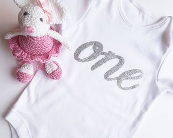 1st Birthday Glitter Print vest. Cake Smash Outfit. First birthday. One bodysuit. Babygrow. Photo prop. Birthday party outfit