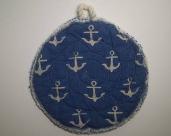fray hemmed, natural all cotton looking pot holder trivet nautical red white and blue anchor