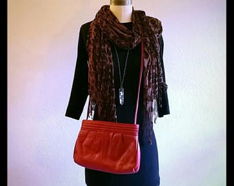80's red leather purse