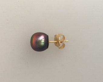 Single 18k gold pearl stud earring