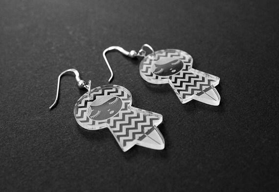 Chevron doll earrings - cute matriochka jewelry - kawaii kokeshi jewellery - sterling silver findings - lasercut clear acrylic - graphic