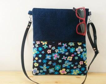 Canvas Tote Bag,tote bag,fabric tote,crossbody bag,zippered bag,blue bag,flowers bag,boho bag, denim tote bag,printed bag,blue tote,bag