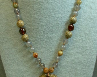 Vintage Carved Serpentine Pendant Knotted Bead Necklace, Vintage Chinese Amber Beads ,Vintage Jade Beads, Vintage Picture Jasper Beads
