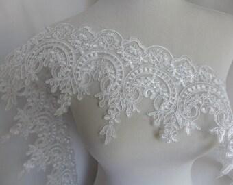 lace trim in ivory, wedding lace, bridal dress lace, alencon floral trim lace