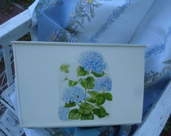 Metal storage bin*Cottage biscuit with blue Hydragena flowers*Gorgeous*Kitchen*Bedroom*Bath