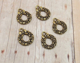 Set of 5 Tierra Cast Gold Pewter Charms - Christmas Wreath with Bow - Antique Gold Finish