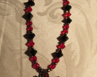 Black and Red Glass Beaded Necklace and Earring Set (N208)