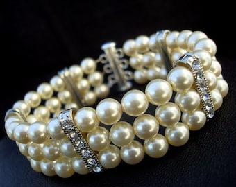 Pearl Bridal bracelet, Bridal Classic bracelet, Vintage Style, classic rhinestone bracelet, Wedding Pearl bracelet, Swarovski pearls, FATIMA