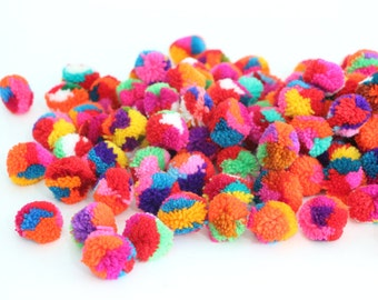 Colorful Yarn Pom Poms Crafty 100 Pieces Jewelry Making / Decoration Party