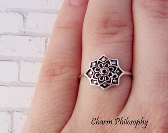 Flower Ring - 925 Sterling Silver Jewelry - Floral Filigree Ring - Thin Band