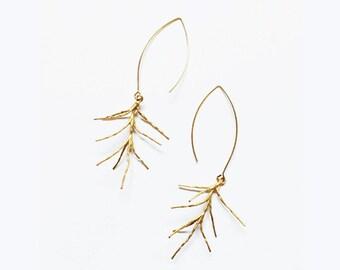 gold tree branch dangle earrings