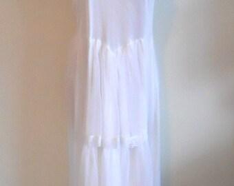 Vintage Bridal White Long Nightgown ~ 1980's Nylon & Chiffon Nightgown ~ Vintage White Nightgown ~ Wedding ~ Honeymoon ~ Glamorous ~ Lolita