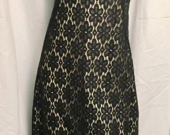 Vintage Black Lace Sleeveless Sheath Dress Hand-Tailored Flower Power