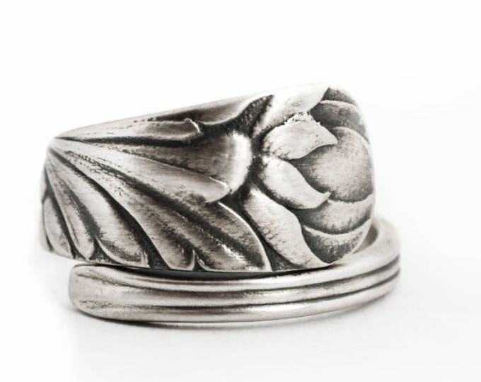 Wild Flower Ring, Antique Spoon Ring Sterling Silver, Daisy Ballis Bud, Petite Floral Ring, Adjustable Ring Size, Gorham 1885 No 23 (6883)