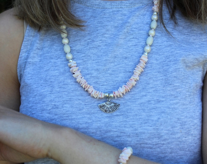 Pink Shell Beach Necklace.