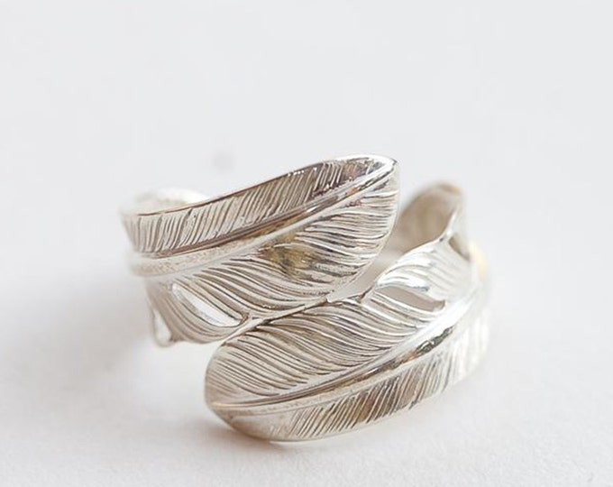 Double Feather Ring | Navajo Inspired | Feather Wrap Ring | Boho Jewelry | Silver Feather Ring | Oxidized Silver Ring | Feather Couple Ring