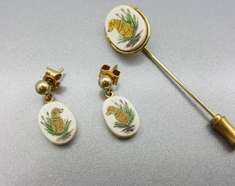 Scrimshaw Golden Retriever dogs Stick pin and Pierced earrings