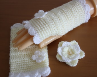 Crochet Fingerless Gloves and Brooch