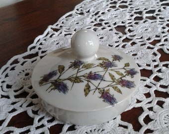 Jewelry box, Limoges French vintage porcelain candy box