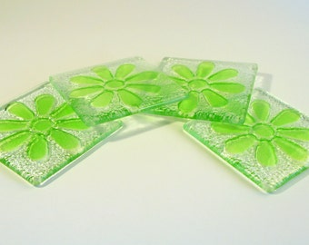 4 Green Daisy Coasters-FREE UK SHIPPING-Set of 4 Fused Glass Lime Green Daisy Flower Coasters