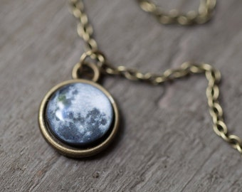 Full Moon necklace small, Gift for mom, Necklaces for women, Full Moon jewelry women, Space necklace, Gift for women, Moon charm necklace