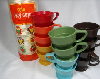 Vintage SOLO COZY CUPS Refills, Coffee Cups Holders 70s